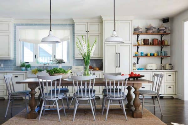 featured posts image for Charming cottage retreat on Lake Ontario gets a casual country makeover