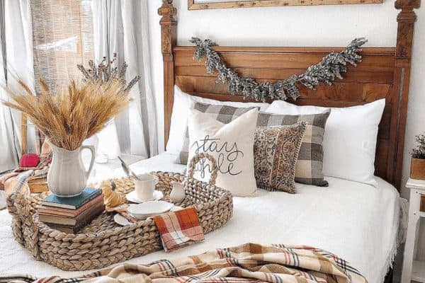 featured posts image for 24 Absolutely Dreamy Bedroom Decorating Ideas For Autumn