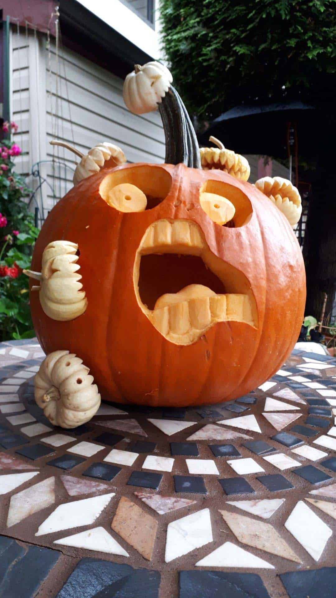 clever-pumpkin-carving-ideas-halloween