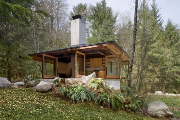 featured posts image for Tiny cabin retreat in the woods of Washington inspires inner peace