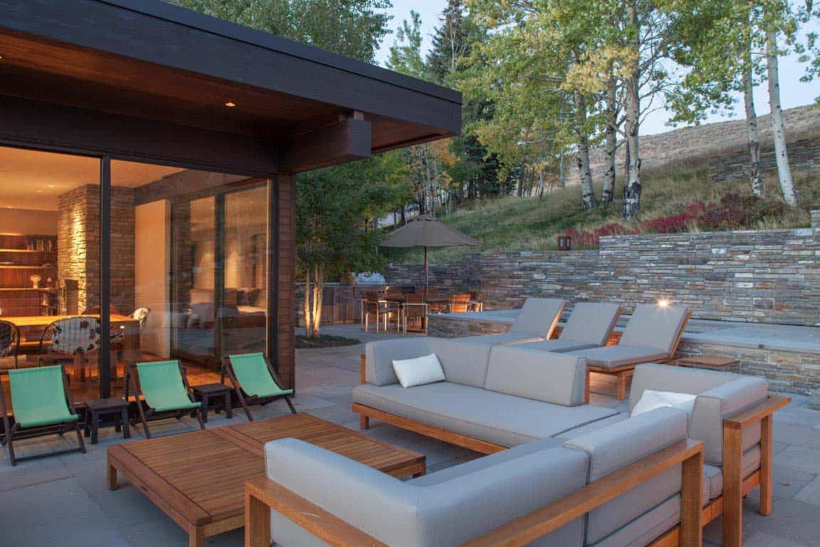 contemporary-home-deck