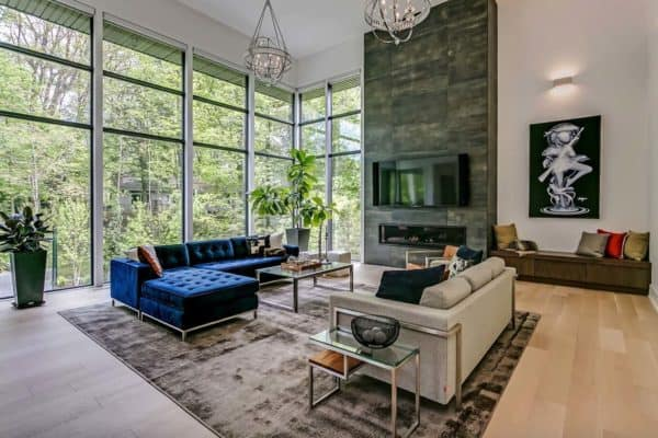 featured posts image for Timeless modern home boasts airy living spaces in Oakville, Canada