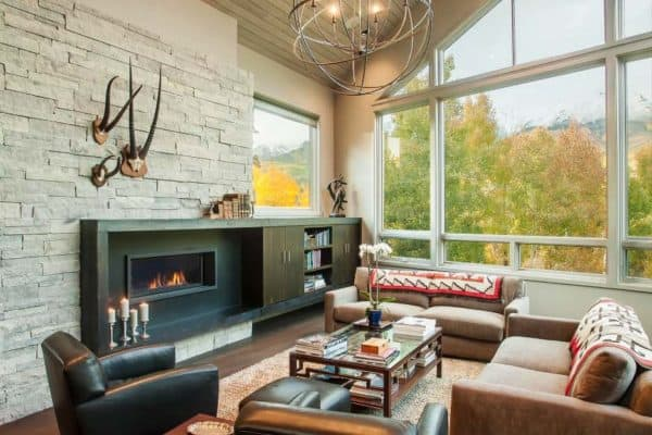 featured posts image for Phenomenal mountain contemporary home surrounded by amazing views
