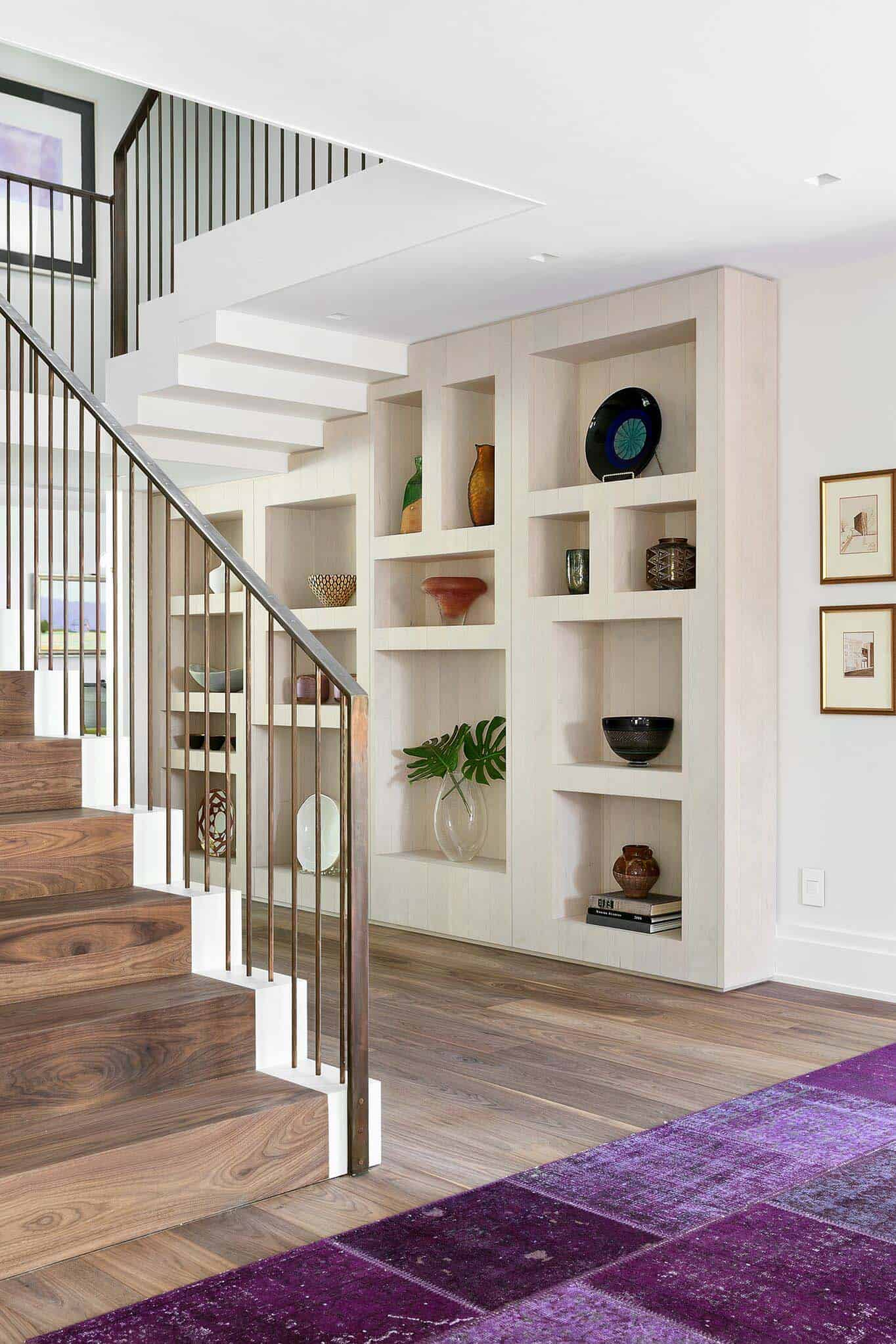 contemporary-sustainable-home-staircase
