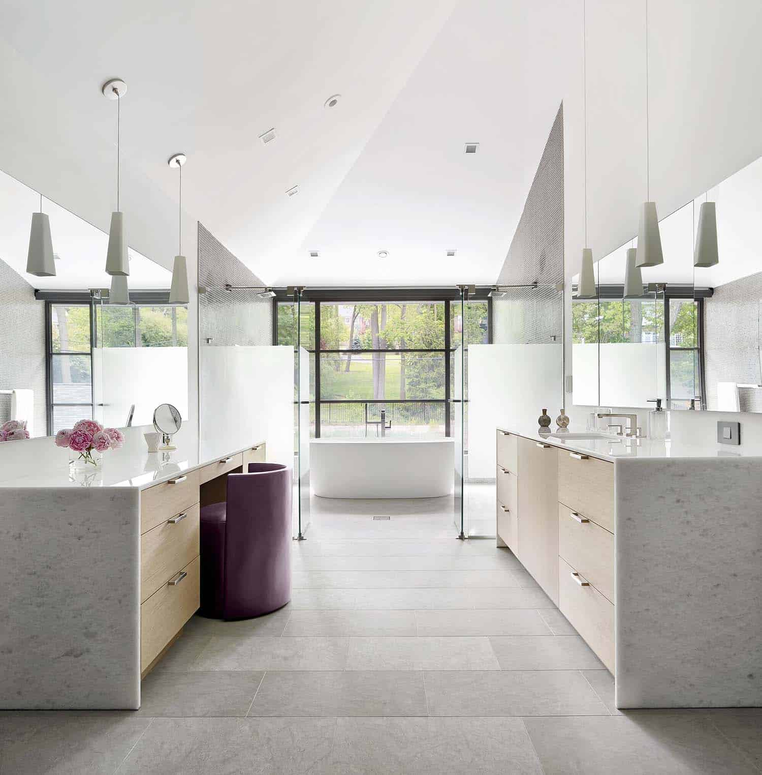 contemporary-sustainable-home-bathroom