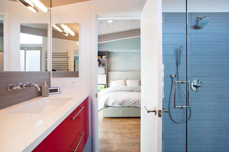 brown-and-kaufman-remodel-midcentury-bathroom