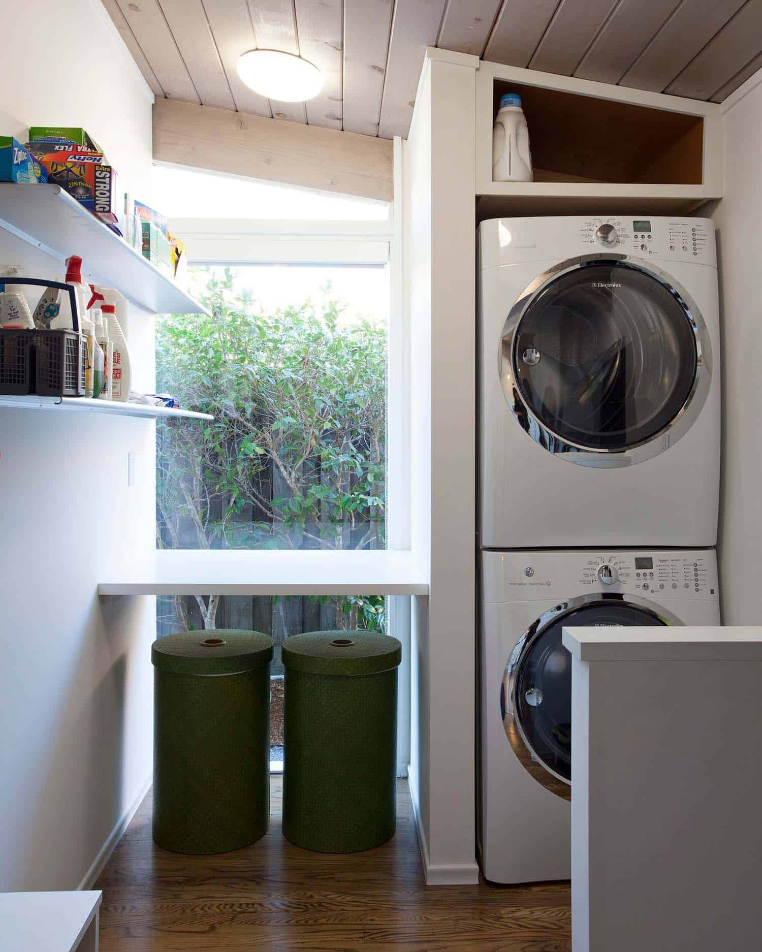 brown-and-kaufman-remodel-midcentury-laundry-room