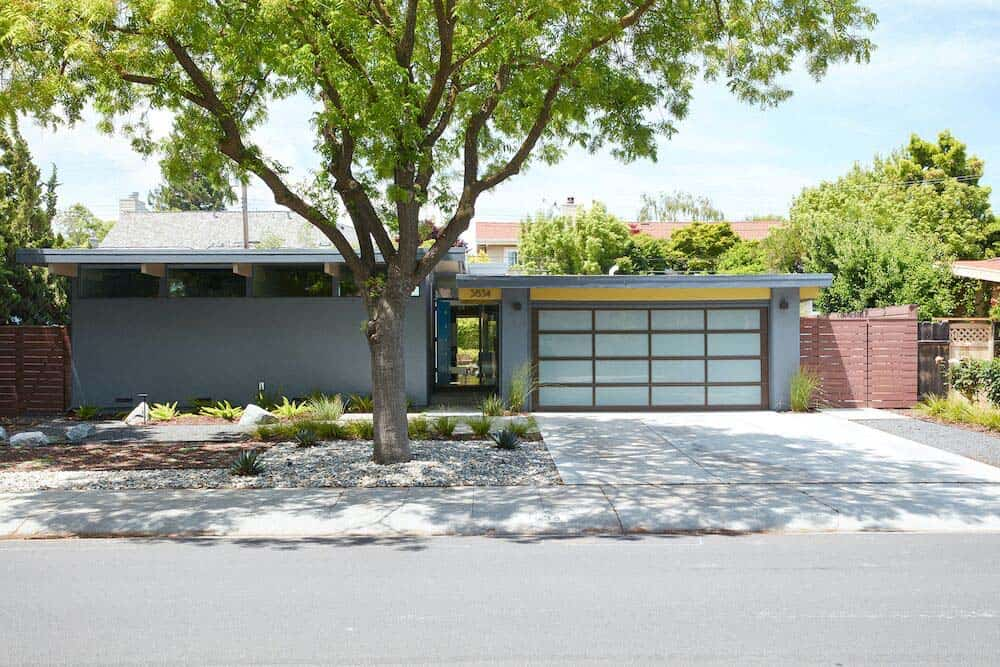 brown-and-kaufman-remodel-midcentury-exterior