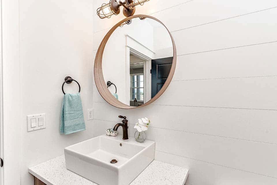 modern-farmhouse-powder-bathroom