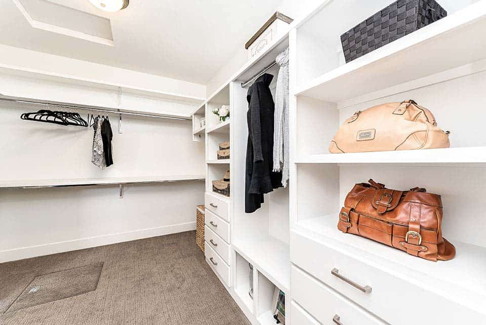 modern-farmhouse-walk-in-closet