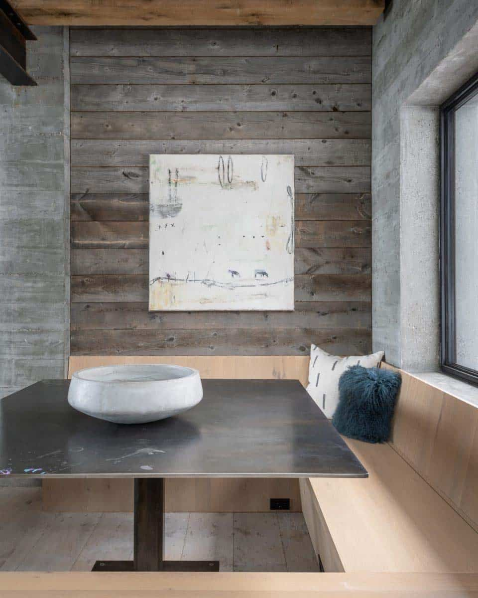 mountain-modern-kitchen-breakfast-nook