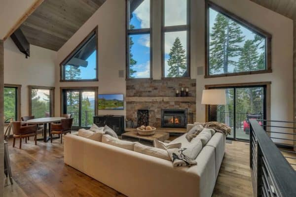 featured posts image for Dreamy mountain chalet nestled in the pristine beauty of Alpine Peaks