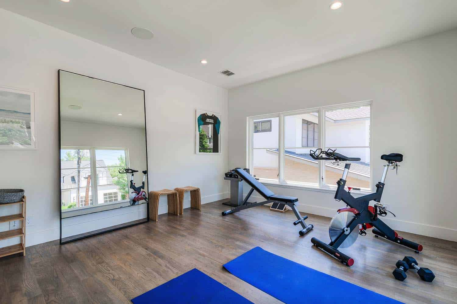 contemporary-home-gym
