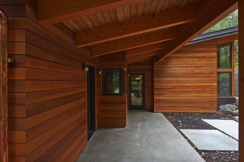 prefabricated-rustic-cabin-exterior