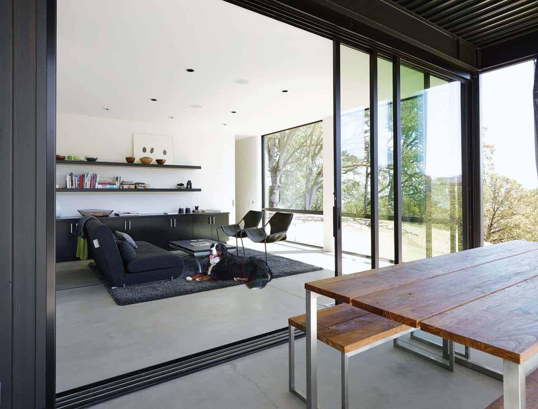 modern-guest-bedroom-reading-nook