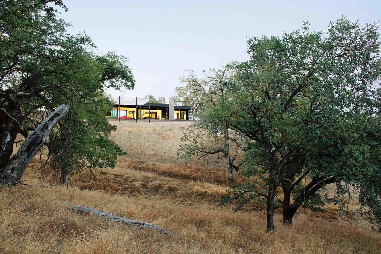 prefabricated-home-landscape