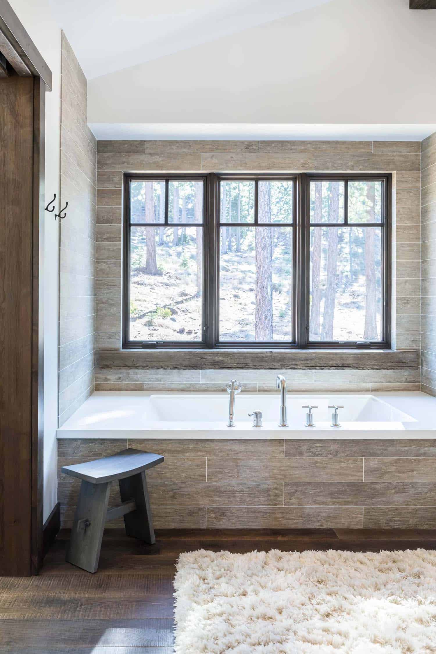 rustic-contemporary-bathroom-tub