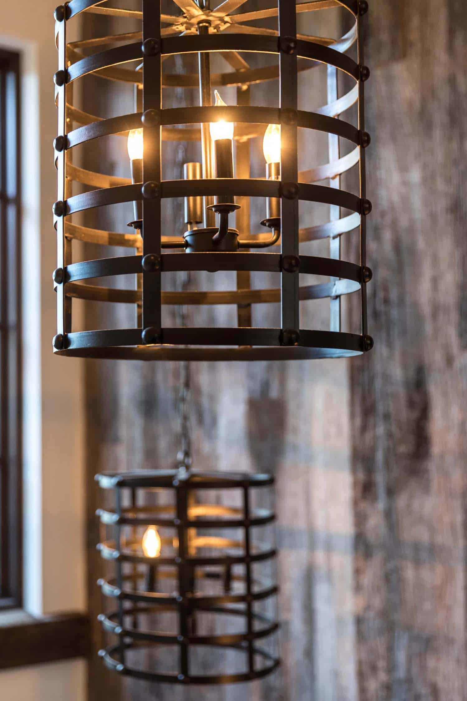 rustic-contemporary-light-fixture-detail