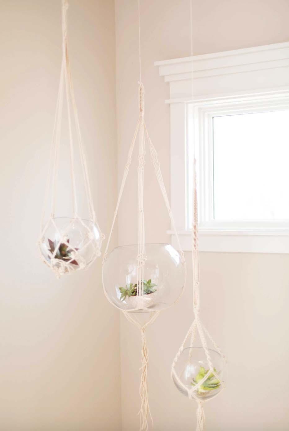 scandinavian-bedroom-hanging-terrarium