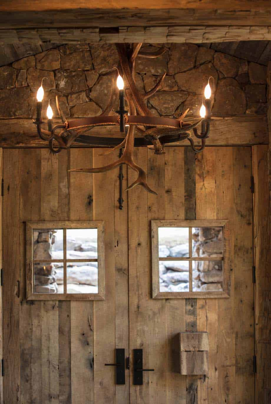 farmhouse-rustic-ranch-style-entry