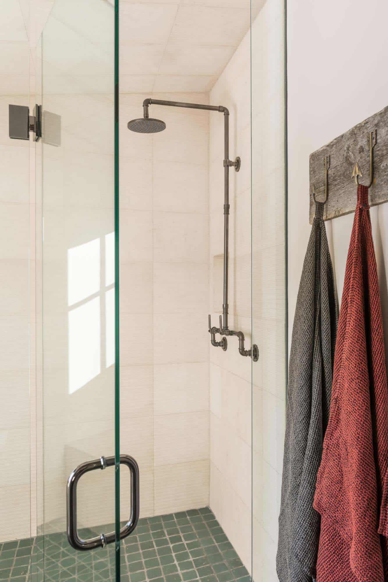 guest-house-rustic-bathroom-shower