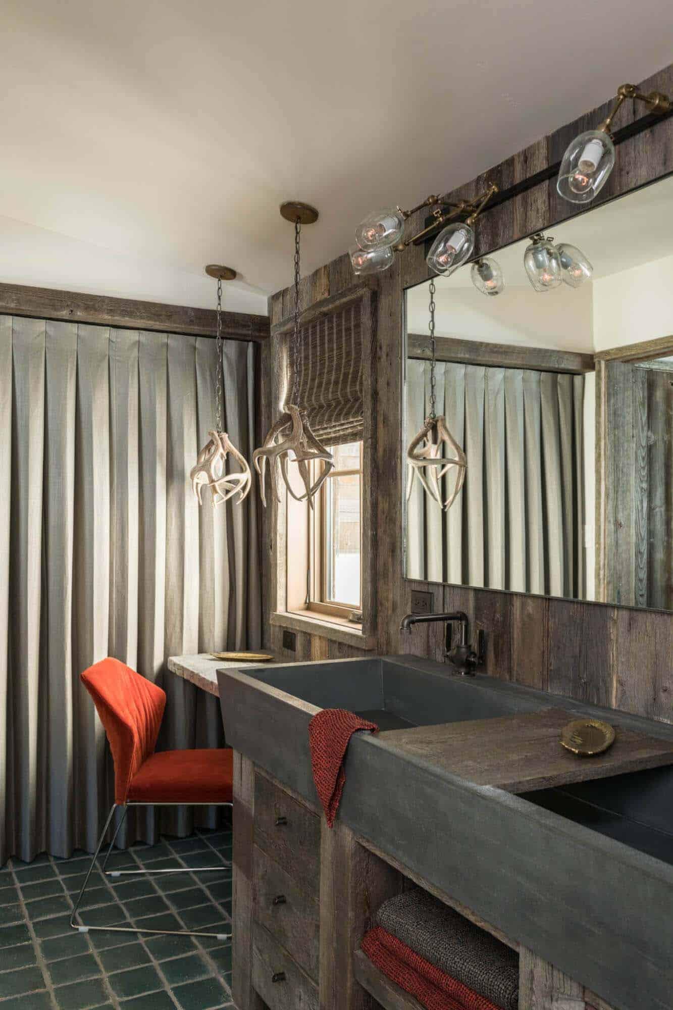 guest-house-rustic-bathroom