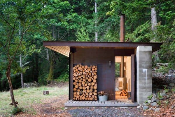 featured posts image for Tiny one room cabin inspired by nature on the Gulf Islands