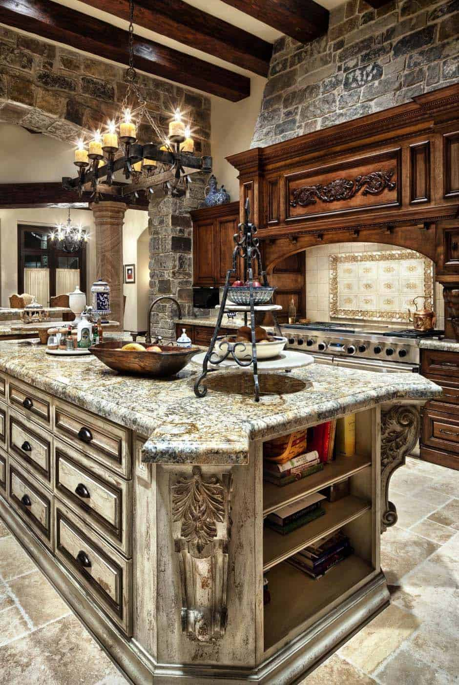 english-manor-traditional-kitchen