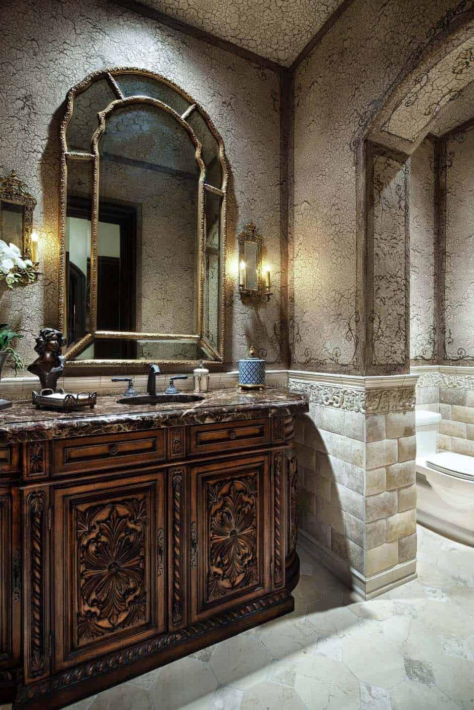 english-manor-traditional-powder-bathroom