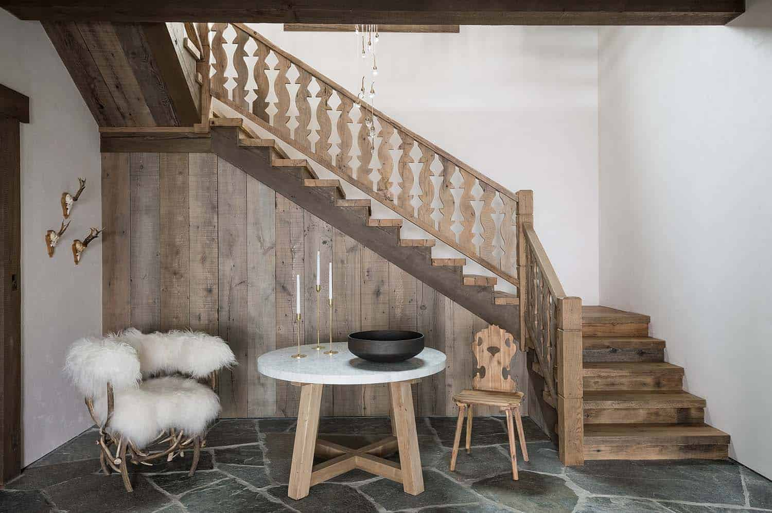 swiss-chalet-inspired-home-entry-staircase