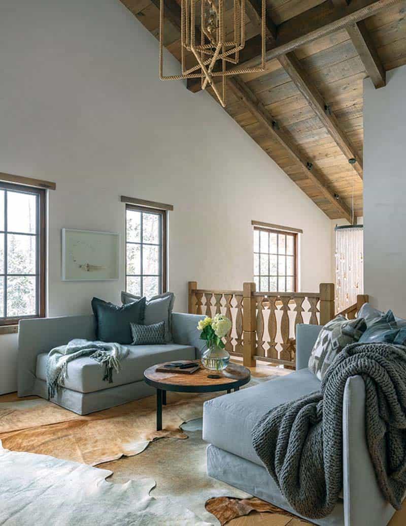 alpine-chalet-sitting-room