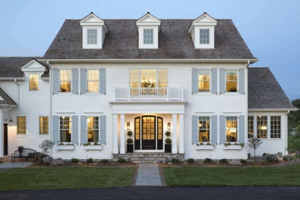 featured posts image for Inside a Serene, Inviting Colonial Style Home in The Midwest