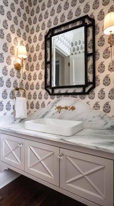 traditional-style-powder-bathroom