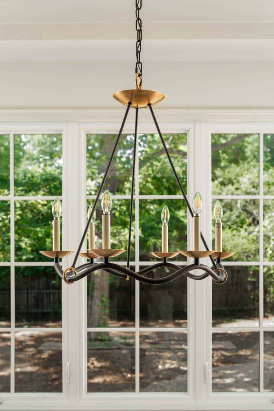 dining-chandelier-transitional-dining-room