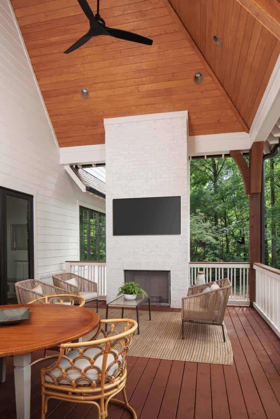 rear-covered-porch-transitional