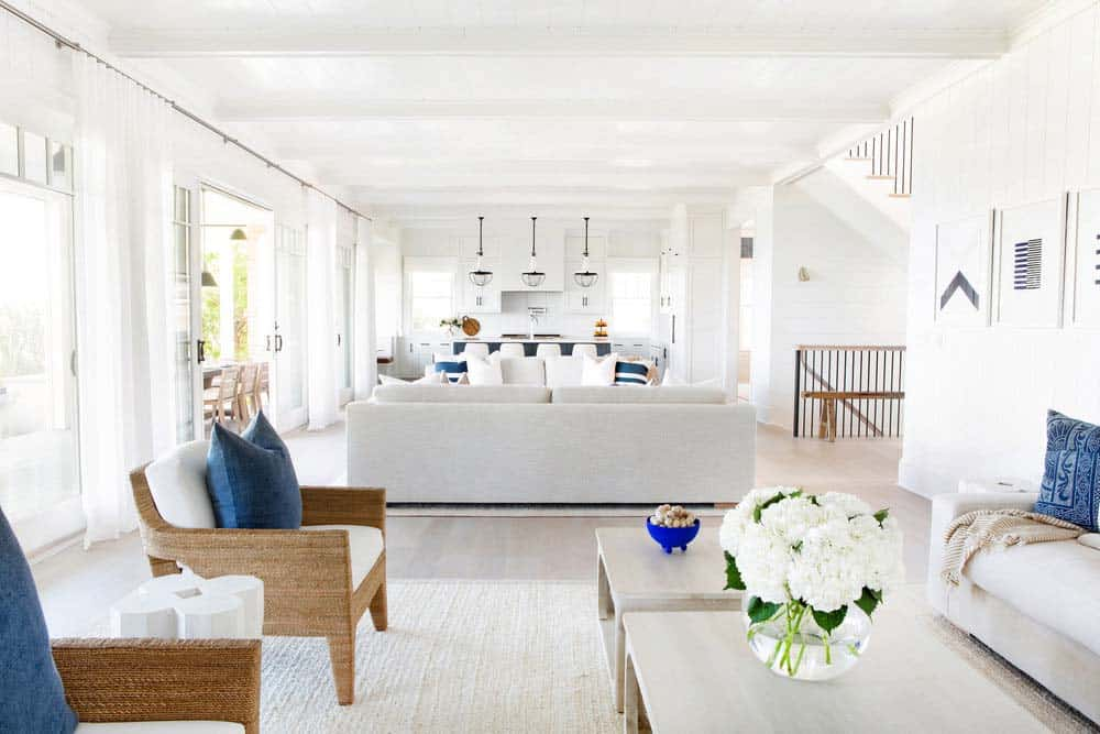 waterfront-beach-style-living-room