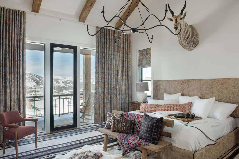 ski-chalet-master-bedroom