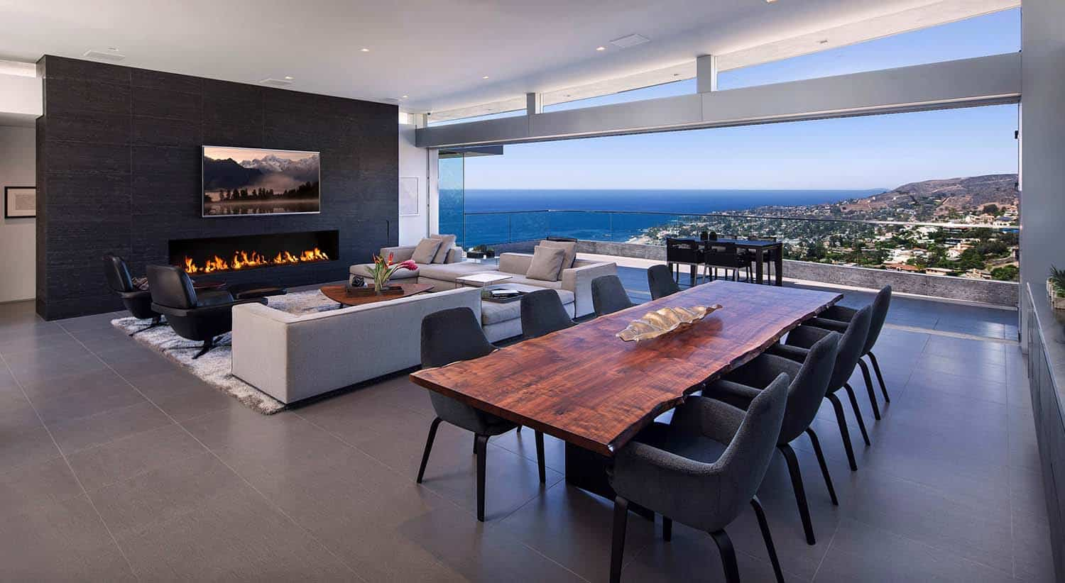 Sleek and sexy contemporary style home overlooking Laguna Beach