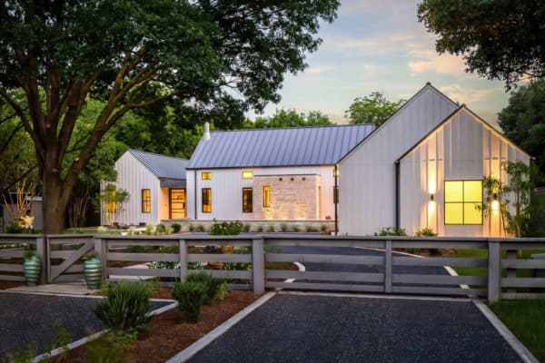 featured posts image for Dream House Tour: An exceptional modern farmhouse in rural Texas