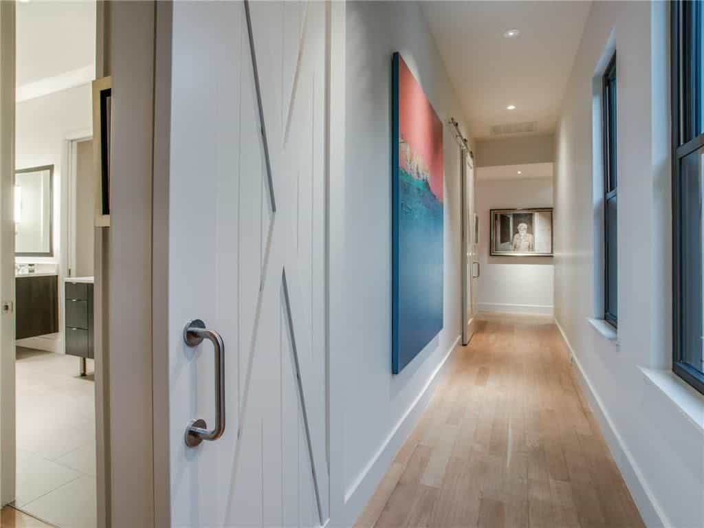 modern-farmhouse-contemporary-hall