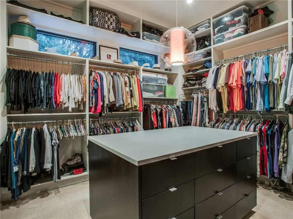 modern-farmhouse-contemporary-master-closet