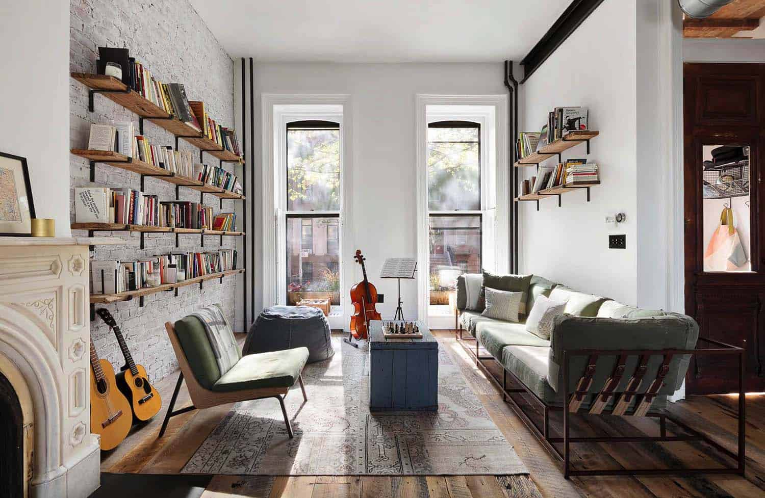 townhouse-living-room-industrial-style