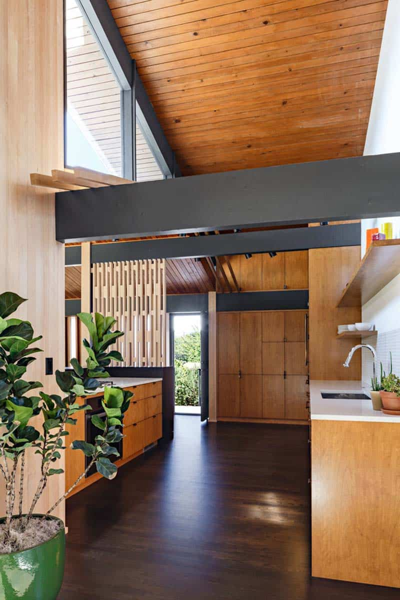 midcentury-modern-kitchen