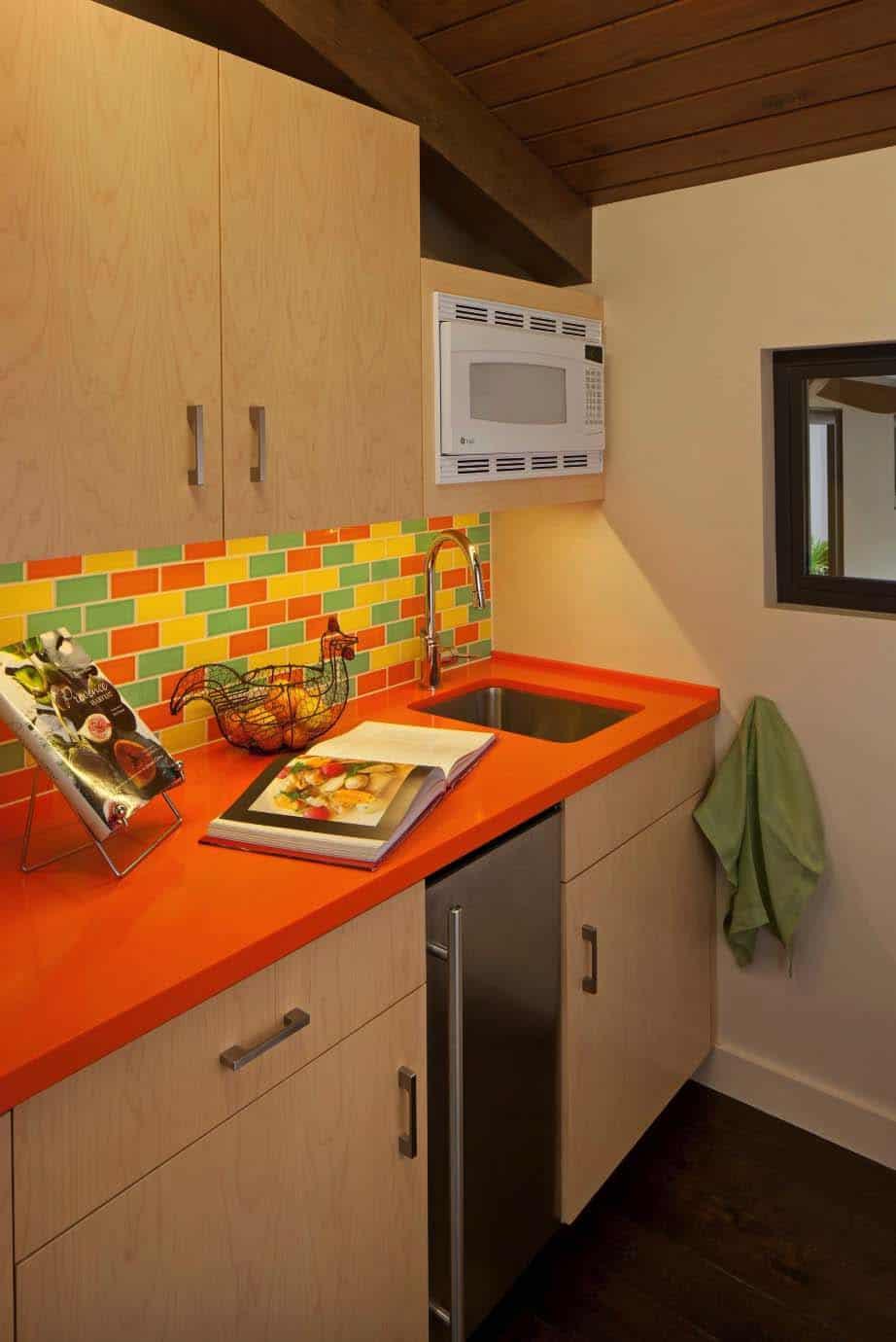 mid-century-modern-ranch-kitchen