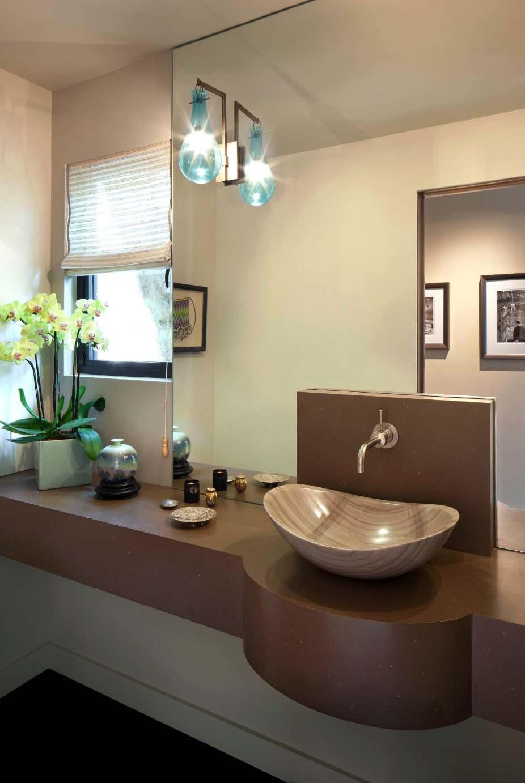 mid-century-modern-ranch-powder-bathroom