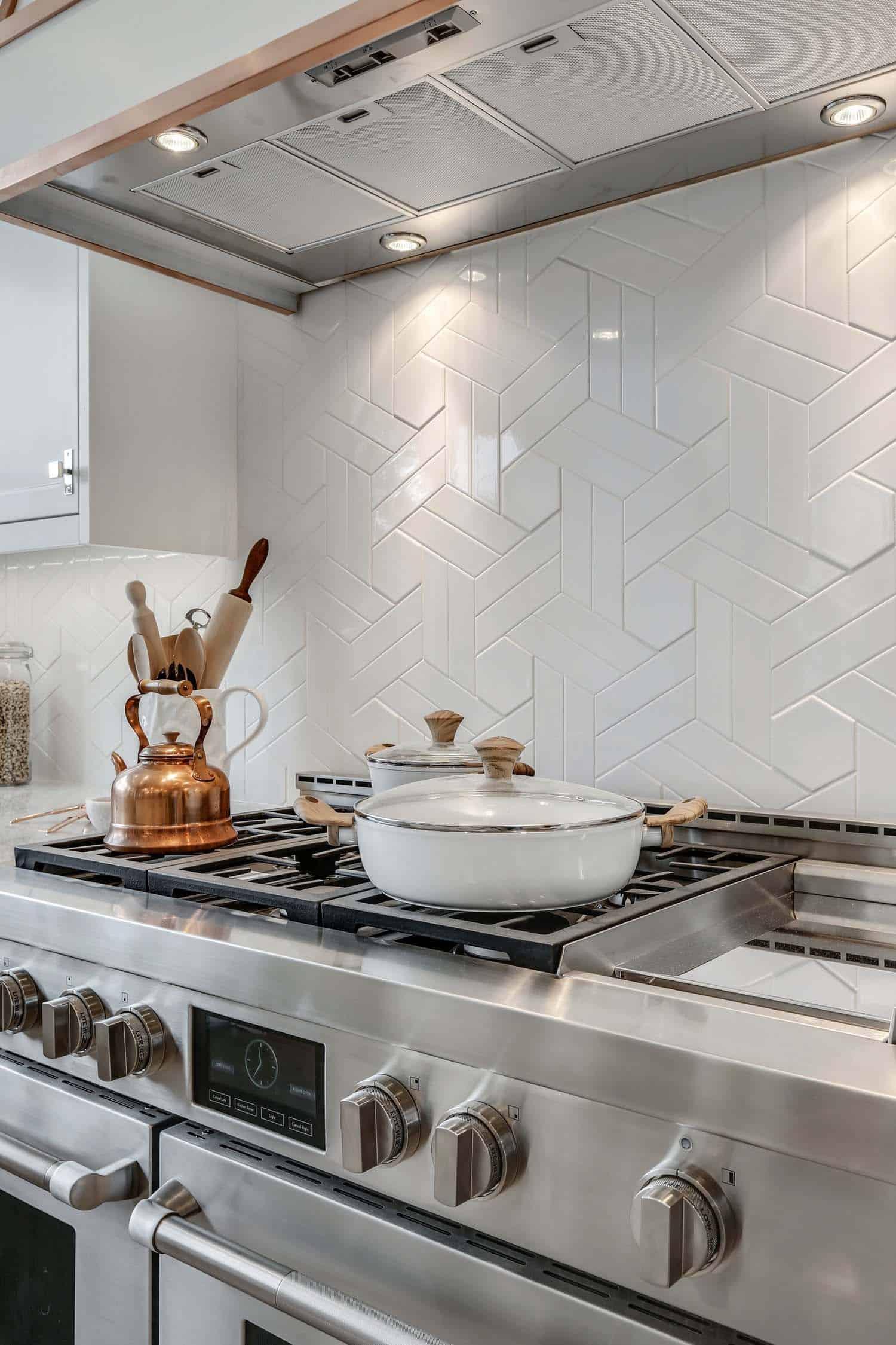 modern-farmhouse-kitchen-oven-detail