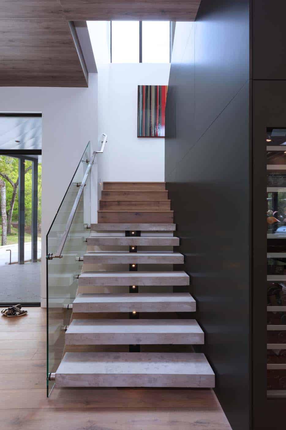 residence-modern-staircase