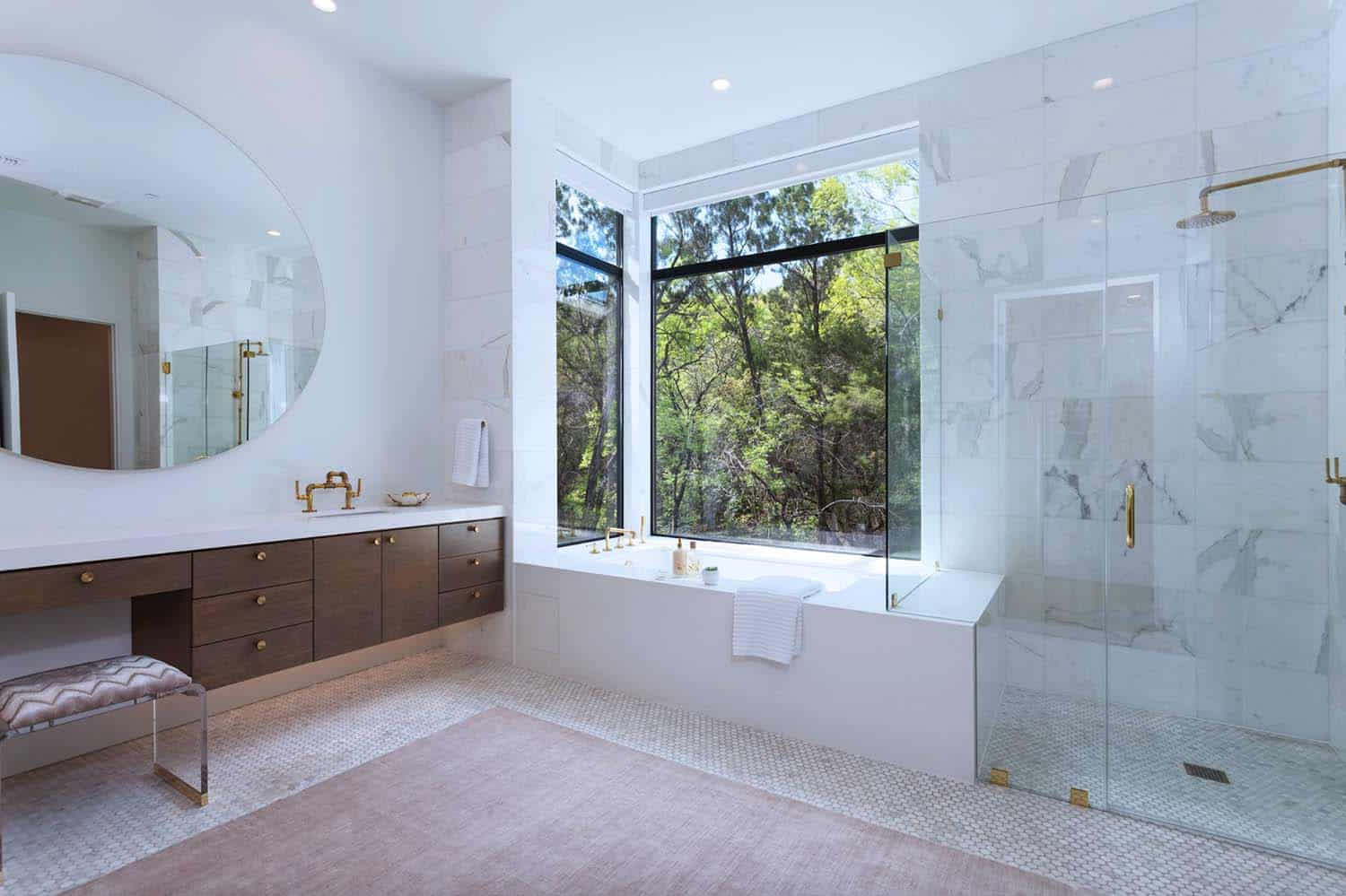 residence-modern-bathroom