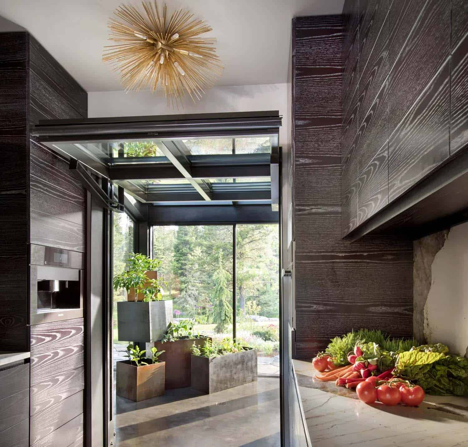modern-mountain-home-kitchen