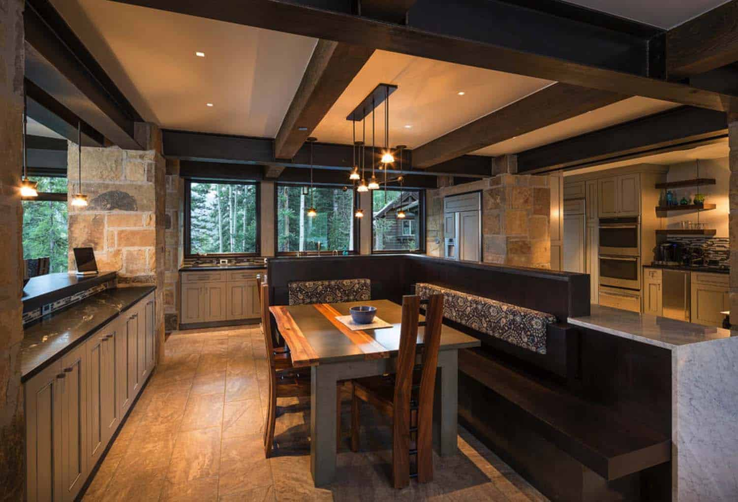 modern-rustic-kitchen-breakfast-nook